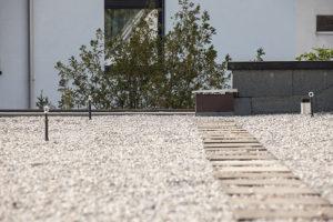 Ein Flachdach mit nutzbarer Fläche, ausgeführt von der Firma Boehi + Wirz AG.
