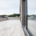 Ein Flachdach auf einer Terrasse, realisiert von der Firma Boehi + Wirz AG.